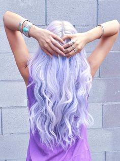 pastel colored hair...i could never pull this off!!