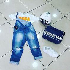 Salopetta Jeans #AKIRO disponibile dalla 42 alla 50 T-shirt #dooa disponibile in tutti i colori #borsa #casco dooa disponibile in vari colori 📣Disponibilità in Pronta Consegna ⛟ 🚚Arrivi in 24 48 ore ⛟ #gls 👥Whatsapp  3338013414👥