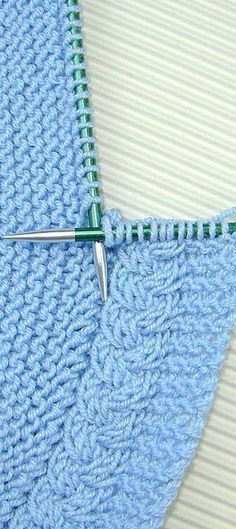 Baby Knitting Patterns Techniques Find out more about the babies at Somos Mamas. Baby Knitting Patterns, Knitting Stiches, Knitting Designs, Free Knitting, Knitting Projects, Crochet Stitches, Stitch Patterns, Crochet Patterns, Knit Edge