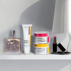 What's inside a beauty editor's cabinet? StriVectin, of course. Shop the top shelf product of editors from @newbeautymag, @selfmagazine, and @goodhousemag