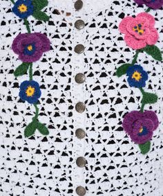 casaquinho de crochet branco com flores