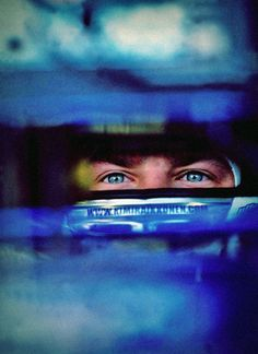 """*Formula 1 Driver - Kimi Raikkonen """"the abyss in your eyes"""" που λεει κ ο kotipelto! The Iceman, Bjorn Borg, F1 Drivers, Photographs Of People, Formulas, F1 Racing, Indy Cars, World Of Sports, Car And Driver"""
