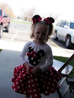 7c0b765399505 DIY Minnie Mouse shirt and skirt. Minnie Mouse Shirts, Minnie Mouse Party,  Mouse