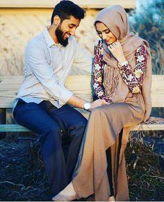 Wedding Couple Poses, Couple Posing, Couple Shoot, Wedding Couples, Cute Couples, Wedding Photos, Muslim Brides, Muslim Couples, Girl Couple