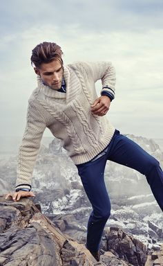 Who needs a cable car when you have a Tommy Hilfiger cable-knit sweater?