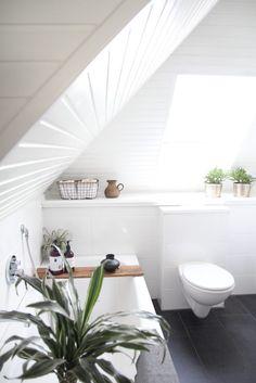 Badezimmer selbst renovieren: vorher/nachher | Interiors, Bath and ...