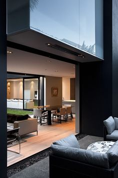 Auckland City House by Architex