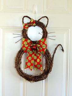 Grapevine Cat Christmas Wreath Whimsical by SparkleWithDesigns