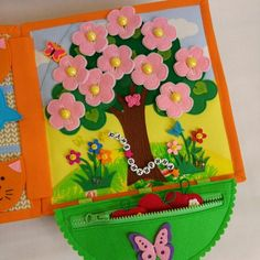 One tree, multiple hangingstree in bloom or with apples Diy Quiet Books, Baby Quiet Book, Felt Quiet Books, Baby Crafts, Felt Crafts, Sensory Book, Quiet Book Patterns, Book Quilt, Busy Book