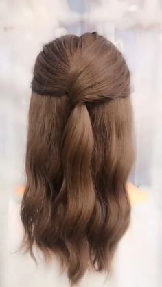 Trendfrisuren Frank, akkurater Mittelscheitel oder This particular language Trim Kick the bucket Frisurentrends 2020 Easy Hairstyles For Long Hair, Cute Hairstyles, Beautiful Hairstyles, Office Hairstyles, Anime Hairstyles, Stylish Hairstyles, Simple Everyday Hairstyles, Hairstyles Videos, Hairstyle Short