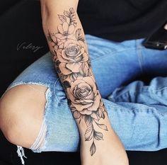 Forearm Flower Tattoo, Small Forearm Tattoos, Forearm Sleeve Tattoos, Up Tattoos, Sleeve Tattoos For Women, Finger Tattoos, Body Art Tattoos, Tattoo Floral, Women Forearm Tattoo