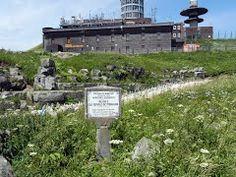 Route de Mazayes, 63230 Saint-Ours-les Roches Temple, Saint, France, Places, Roman, Bears, Temples, Lugares, French