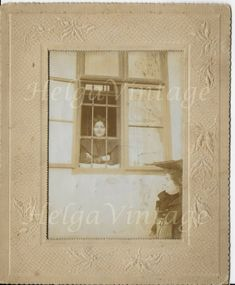 Antique interesting photo, lady in the window, passerby, in-relief matboard Antique Photos, Vintage Photos, Victorian Living Room, Luxor Egypt, Up Hairstyles, Cool Photos, Vintage Ladies, Windows, Antiques