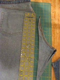 Ahahaha! tutorial for jeans to skirt, straightening that curved piece...great! (Prima! Genau das hatte ich gerade vor, wollte den Schritt der Hose aber nicht mehr sichtbar haben)