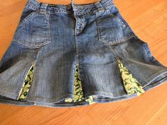 Rebekka's craft room: How to improve an old jeans skirt with a fashion material