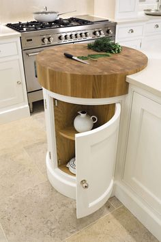 Coolest Idea Ever. Just a small spot to help prevent undue scratches if anyone is TEMPTED to cut anything WITHOUT a cutting board. Painted Kitchens - Painted Bespoke Kitchens - Tom Howley Most Popular Kitchen Design Ideas on 2018 & How to Remodeling Kitchen Tops, Diy Kitchen, Kitchen Small, Kitchen Corner, Decorating Kitchen, Island Kitchen, Kitchen Decorations, Kitchen Worktops, Kitchen Layouts