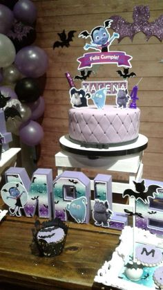 Anabel G's Birthday / Vampirina - Photo Gallery at Catch My Party 5th Birthday Party Ideas, 1st Birthday Girls, First Birthday Parties, First Birthdays, Mickey Halloween Party, Halloween Birthday, Golden Birthday, Birthday Numbers, Cakes