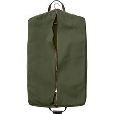 Discover the Filson Rugged Twill Suit Cover. An abrasion-resistant garment bag sized to hold two suits. Costume Vert, Metal Collar Stays, Suit Covers, Garment Bags, Computer Bags, Hunting Clothes, T Shirt And Jeans, Leather Handle, Green
