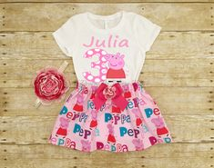 This listing is for a Peppa Pig Personalized Outfit Set. This set is PERFECT for birthday parties, Disney trip, Photo shoots, Special events, Pageants, everyday wear, and much more! Your little princess will love to look like her favorite character!  ***PLEASE LEAVE US A NOTE WITH THE FOLLOWING INFORMATION*** 1)Childs Age (Age that will go on the shirt) 2)Name (Name that will go on the shirt) 3)Length from waist to knee (it will be the length of the skirt) 4)Need by____ (Date)  Set includes…
