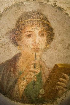 Roman Fresco in ancient Pompeii. The so-called Sappho girl. This famous Fresco was discovered in June and has remained one of the most famous female portraits from Pompeii. Pompeii Italy, Pompeii And Herculaneum, Rome Antique, Art Antique, Roman History, Art History, Ancient Rome, Ancient History, Art Romain