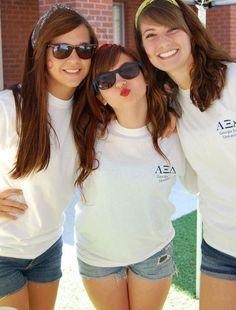 Sister bonding at our Puzzlepalooza philanthropy event