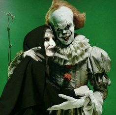 PENNYWISE AND FRIEND ON SET .
