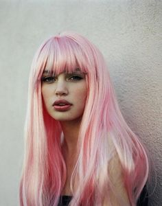 Love the pink wig!