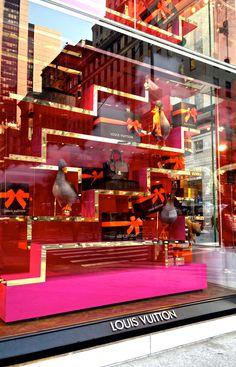 2377f2bd0263 94 mejores imágenes de marcas y tiendas de lujo