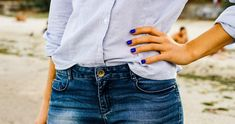 """12 Basic Clothing Items That Could Help You Ditch Your """"What Should I Wear"""" Problem - Quick 5 minutes DIY Ideas Basic Outfits, Casual Fall Outfits, Winter Outfits, Plain Tank Tops, Plain Shirts, Trench Coat Beige, Mocassins Cuir, What Should I Wear, Bikini"""