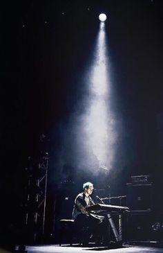 Michael Clifford // Sounds Live Feels Live