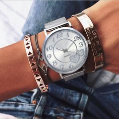 Item Type: Watch Case Shape: Round Case Thickness: 8 mm / inch Band Length: 24 cm / inch Band Width: 19 mm / inch Case Material: Stainless Steel Package Includes: 1 x Pc High End Watches, Watches For Men, Women's Watches, Watches Online, Jewelry Rack, Jewelry Accessories, Jewellery, Swiss Army Watches, Gifts For Your Girlfriend