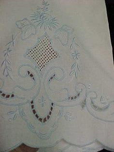 Stunning-Vintage-Antique-Cutwork-Pillowcases-Floral-Embroidery-Baby-Blue-1940s