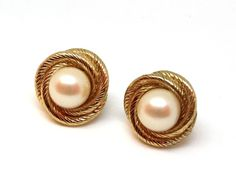Vintage MONET Gold Pearl Earrings Posts for by SellitAgainVintage, $9.50