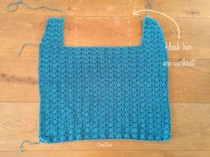 Lang vest (schelpenvest) haken – CreaChick Crochet Shell Pattern, Crochet Patterns, Crochet Needles, Yarn Needle, Crochet Top, Athletic Tank Tops, Shells, Sweaters For Women, Clothes