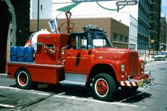 Chicago Fire Department, Fire Dept, Old Trucks, Fire Trucks, Rescue Vehicles, Fire Apparatus, Buses, Rigs, Firefighter
