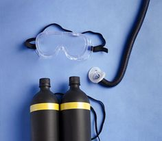 Homemade oxygen tank, goggles and airtube for scubadiver costume