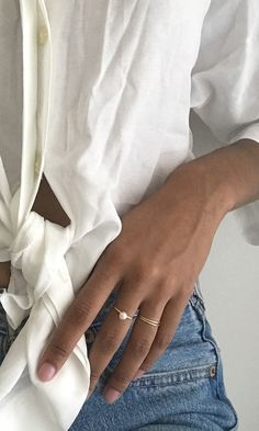 Our unique genuine rings are made of high quality sterling silver, gold and rose gold. Dainty, modern, and contemporary meets classic. Accentuate your style - it's the little things that matter! Simple Jewelry, Dainty Jewelry, Cute Jewelry, Photo Jewelry, Jewelry Accessories, Fashion Accessories, Fashion Jewelry, Jewelry Design, Zierlicher Ring