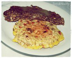 Omlet owsiany z pestkami dyni, słonecznika, lnu i jagodami goi.   Przepis: http://tasty-and-healthy.blog.pl/2015/07/28/owsiany-omlet-z-jagodami-goji/