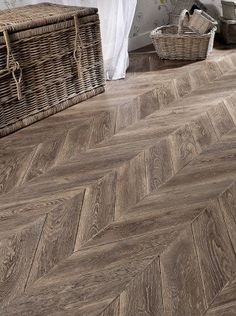 pose en chevron recherche google herringbone tiles design ideas pinterest best. Black Bedroom Furniture Sets. Home Design Ideas