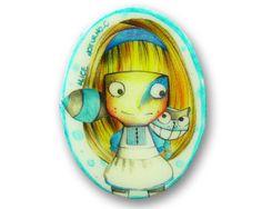 """Spilla """"Alice"""" ispirata ad Alice nel paese delle meraviglie ideata da NOTTURNOC — La Casa di Ninni"""