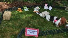"What a cute idea for a farm party! A stuffed animal ""petting zoo."" I love it!"