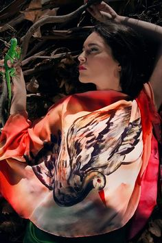 Rosario P hand painted Game Of Thrones Characters, Hand Painted, Fashion, Rosaries, Silk, Skirts, Blouse, Headscarves, Moda
