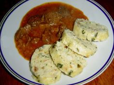 Bread Dumplings, Kitchen Hacks, Tofu, Cooking Recipes, Chicken, Meat, Alcohol, Chef Recipes