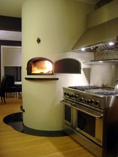 Yes, That IS a wood burning pizza stove in a residential kitchen. Even Bryce would approve of this post.