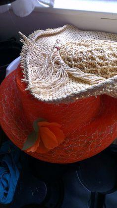Hoeden parade - 11e van #mijn11tal #oranje #synchroonkijken #dag3 by Carolien Geurtsen, via Flickr