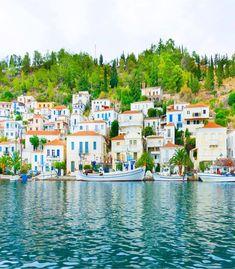 Poros, an erotic and serene Island Paros, Beautiful Places To Travel, Beautiful Beaches, Poros Greece, Greek Island Tours, Greece Travel, Greece Trip, Travel Europe, Travel Destinations