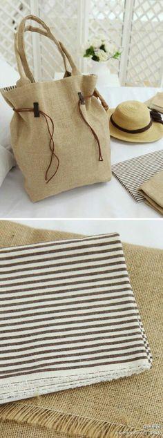 Step by Step with Fabric Bag Patterns and Patchwork Patchwork- Passo a Passo com Moldes de Bolsas em Tecido e Retalhos de Feltro Step by Step with Felt Patchwork and Fabric Bag Templates - Sacs Tote Bags, Reusable Tote Bags, Fabric Bags, Fabric Scraps, Sew Bags, Fabric Remnants, Purse Patterns, Handmade Bags, Bag Making