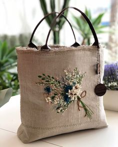 VK is the largest European social network with more than 100 million active users. Embroidery Purse, Silk Ribbon Embroidery, Hand Embroidery Designs, Patchwork Bags, Quilted Bag, Jute Bags, Burlap Bags, Embroidered Clothes, Fabric Bags