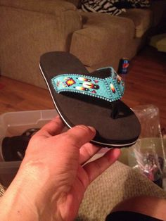 Want excellent tips about arts and crafts? Go to my amazing website! Beaded Shoes, Beaded Moccasins, Beaded Sandals, Beaded Purses, Beaded Jewelry, Indian Beadwork, Native Beadwork, Native American Beadwork, Loom Beading
