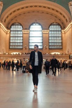 NYC Instagram Spots: Grand Central Station New York City Vacation, New York City Travel, New York Winter, New York City Pictures, New York Photos, Central Park, Central Station, Rockefeller Center, Photographie New York